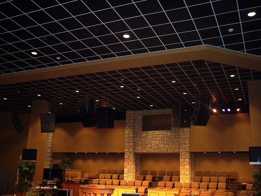 Tuile de plafond suspendu ceilume southland 2 pi x 2 pi blanc for Tuile de plafond suspendu